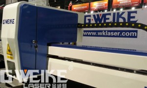 Mesin laser cutting metal Gweike LF 1325