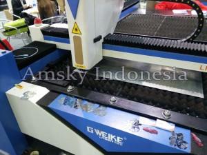 Mesin fiber laser Gweike LF 1325L