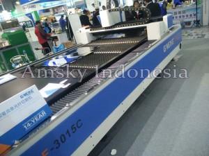Mesin fiber laser Gweike LF 3015C